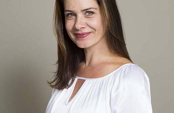 Ms. Luciana Garcia de Lima